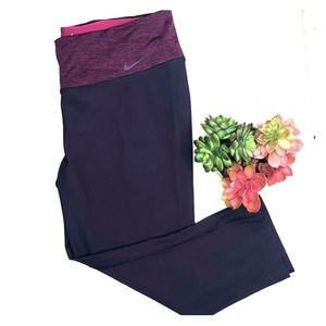 Nike dri fit Capri active leggings dark purple L